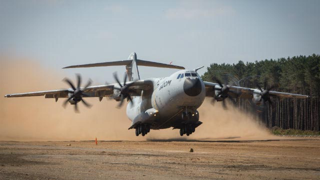 A400M Tests auf Sandpisten