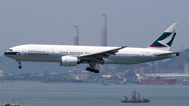 Boeing 777-200 WA001 Cathay Pacific