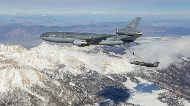 Dutch KDC-10 refuels Dutch F-35A