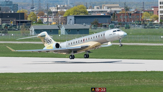 Bombardier Global 7000 FTV3 Erstflug