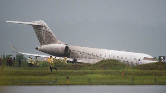 Bombardier Global 5000 Runway Excursion