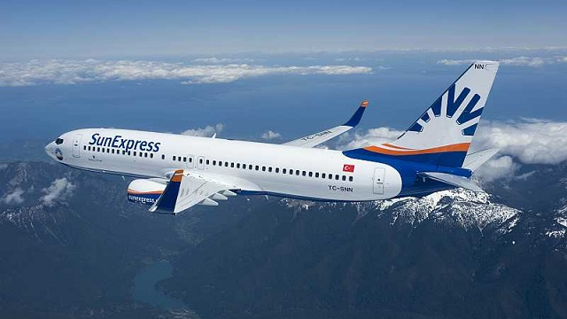 SunExpress Boeing 737-800
