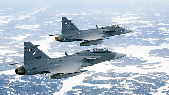 Thai Air Force Gripen D und Gripen C
