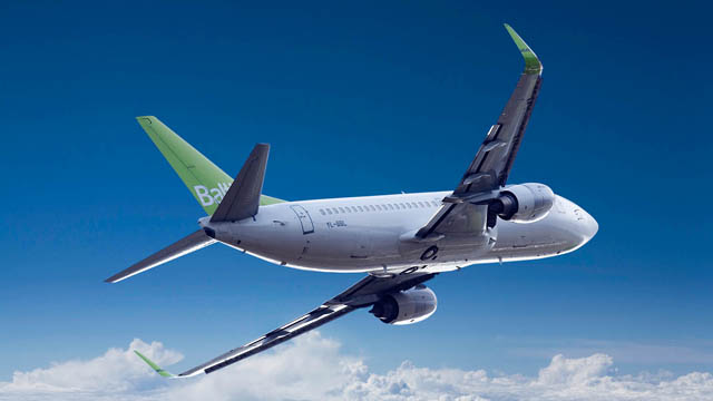 Air Baltic Boeing 737