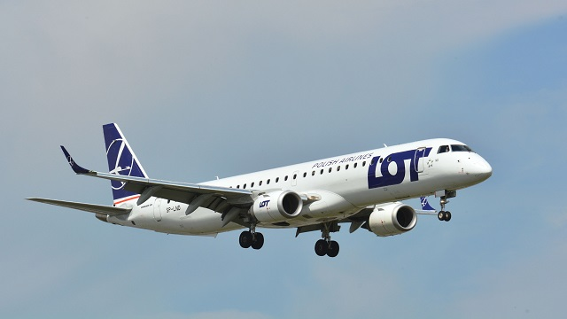 LOT Polish Airlines E195