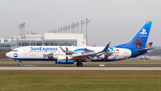 SunExpress Playstation Boeing 737